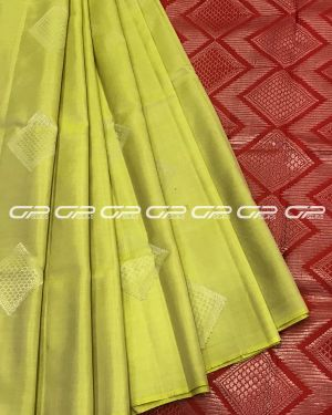 Handloom light weight pure silk saree in lime green shade