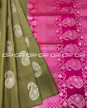 Handloom light weight pure silk saree in chikoo shade body with paisley motif in silver zari
