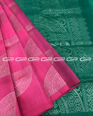Handloom light weight pure silk saree in pink shade body with geometric motif in silver zari