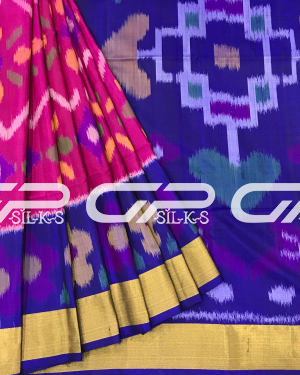 Handloom Pure Pochampally Silk Saree in magenta shade